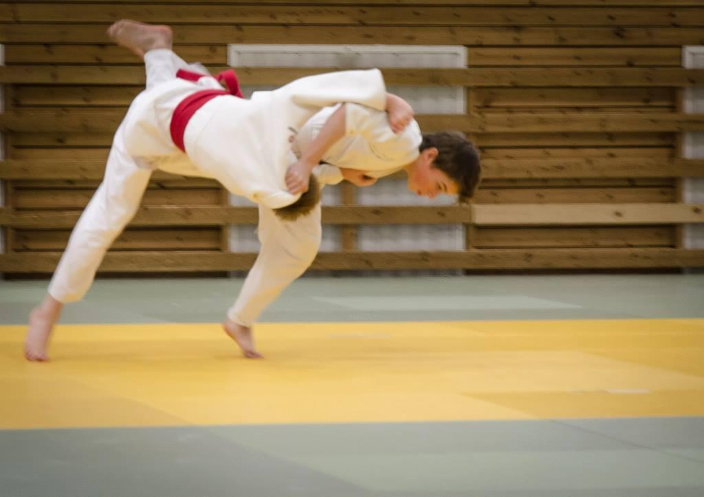 Morten kaster til Ippon med et flott Uchi mata kast (Foto: Erlend).
