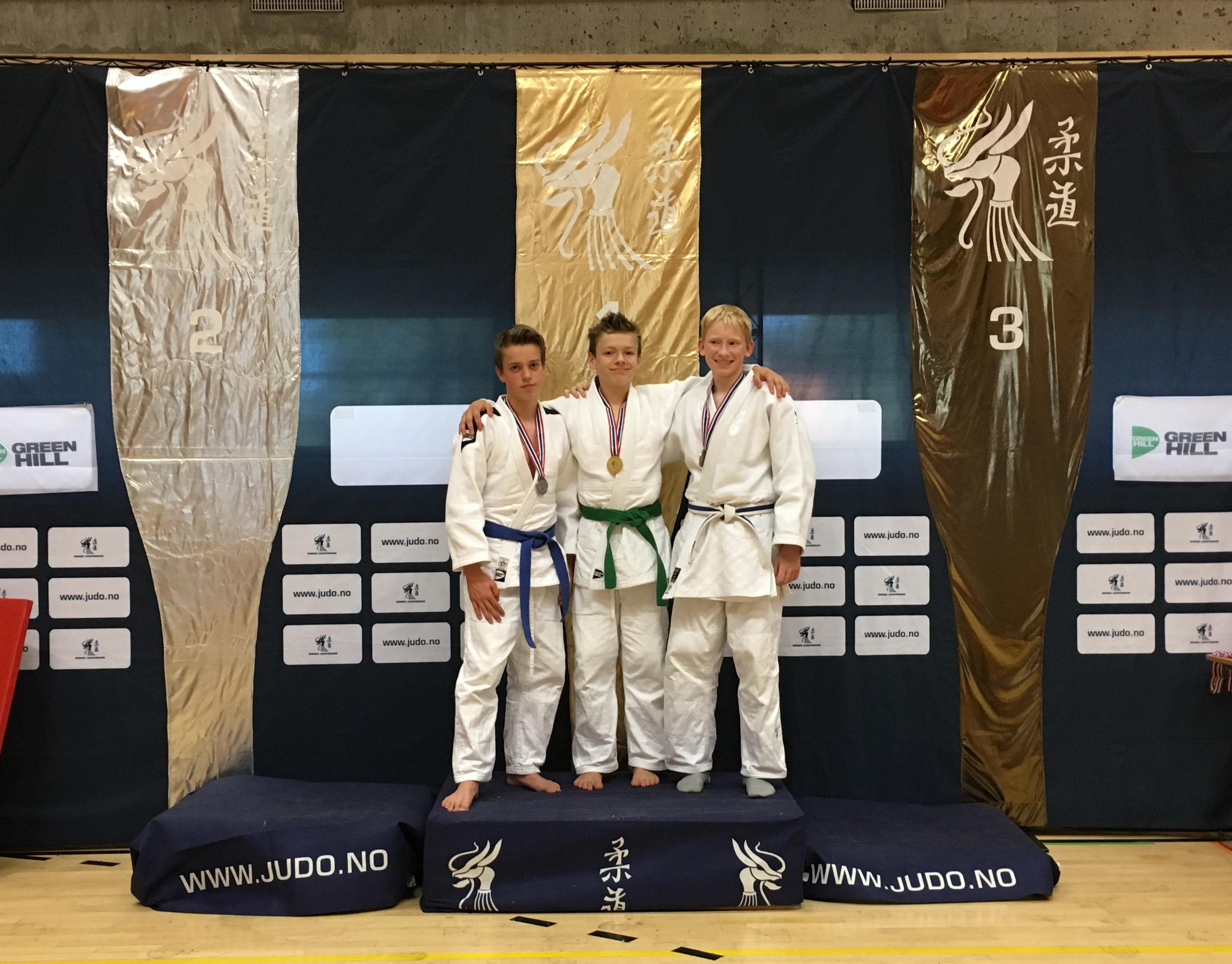 Flott sølvmedalje til Morten under Ipponcupen i Nadderudhallen i Oslo.